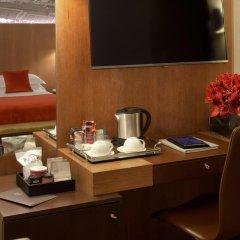 Отель Starhotels Ritz 4* Номер Делюкс с различными типами кроватей фото 18