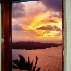 Отель Antithesis Caldera Cliff Santorini комната для гостей фото 5