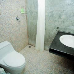 Отель Chaphone Guesthouse ванная фото 2