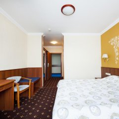 Гостиница Яхт-Клуб Новый Берег комната для гостей