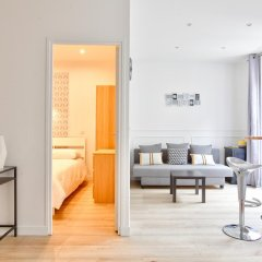 Отель 18 - Luxury Parisian Home Montorgueil 2 Франция, Париж - отзывы, цены и фото номеров - забронировать отель 18 - Luxury Parisian Home Montorgueil 2 онлайн помещение для мероприятий