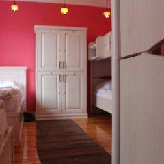 Отель Cheers Lighthouse 3* Кровать в общем номере с двухъярусной кроватью фото 2