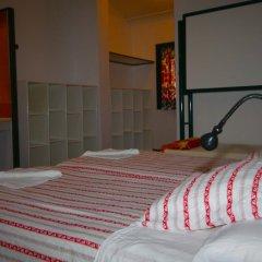 Layos Hostel - Camp комната для гостей