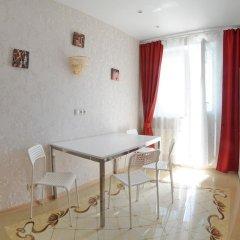 Гостиница Domumetro na Yangelya 2 Апартаменты с разными типами кроватей фото 4