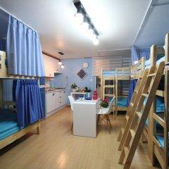 Отель Han River Guesthouse 2* Кровать в женском общем номере с двухъярусной кроватью