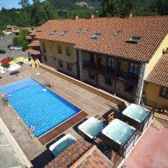 Отель Conjunto Hotelero La Pasera Кангас-де-Онис бассейн фото 2
