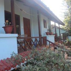 Отель Chitwan Forest Resort Непал, Саураха - отзывы, цены и фото номеров - забронировать отель Chitwan Forest Resort онлайн гостиничный бар