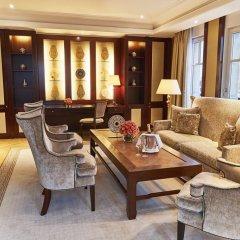 Отель Adlon Kempinski 5* Номер Executive фото 2