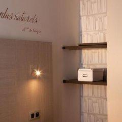 Hotel de Sevigne 3* Стандартный номер с разными типами кроватей фото 11