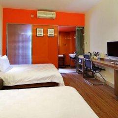 Отель Liwan Lake Garden Inn 2* Стандартный номер с различными типами кроватей фото 6