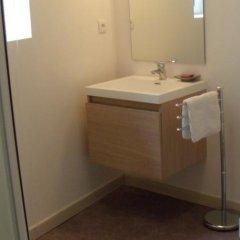 Отель Logis Andraud Studios Франция, Сент-Эмильон - отзывы, цены и фото номеров - забронировать отель Logis Andraud Studios онлайн ванная фото 2