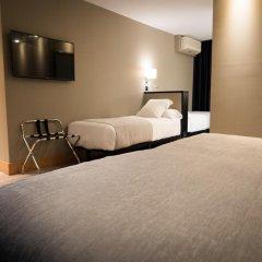 Hotel Plaza 4* Стандартный семейный номер с двуспальной кроватью фото 2