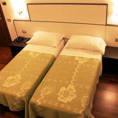 Lux Hotel Durante 2* Стандартный номер с 2 отдельными кроватями фото 17