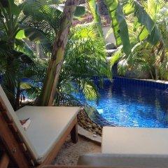 Отель Aree's Lagoon House бассейн