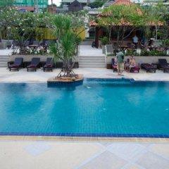 Отель Sabai Inn бассейн