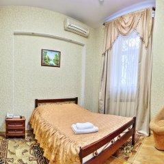 Гостиница Славия 3* Стандартный номер с двуспальной кроватью