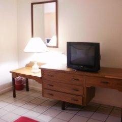 Pineapple Court Hotel 2* Стандартный номер с 2 отдельными кроватями