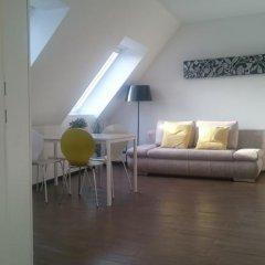 Апартаменты Kunsthaus Apartments Студия фото 24