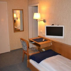 Hotel Walfisch 2* Стандартный номер с 2 отдельными кроватями фото 5