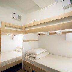 Отель 5footway.inn Project Boat Quay 2* Кровать в общем номере с двухъярусной кроватью фото 7