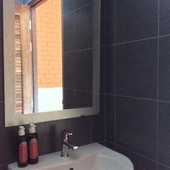 Отель Srisuksant Urban 3* Улучшенный номер с различными типами кроватей фото 10
