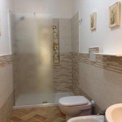 Отель Agriturismo Le Catre Кастаньето-Кардуччи ванная фото 2