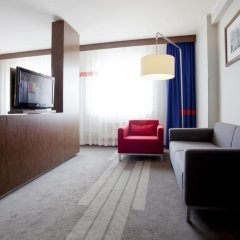 Гостиница Park Inn by Radisson Sheremetyevo Airport Moscow 4* Люкс с различными типами кроватей фото 3