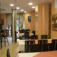Отель ApartHotel Vanaleks Болгария, Чепеларе - отзывы, цены и фото номеров - забронировать отель ApartHotel Vanaleks онлайн питание
