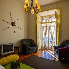 Апартаменты Castle Cosy Apartment комната для гостей