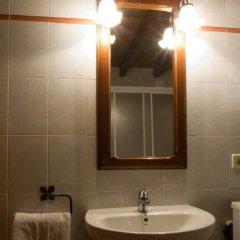 Отель Apartamentos Rurales Los Picos de Redo Испания, Камалено - отзывы, цены и фото номеров - забронировать отель Apartamentos Rurales Los Picos de Redo онлайн ванная