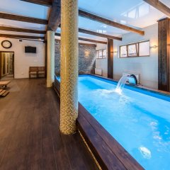 Гостиница ZimaSnow Ski & Spa Club бассейн
