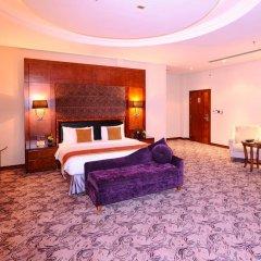Отель Al Hamra Palace By Warwick 4* Улучшенный номер с различными типами кроватей фото 4
