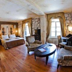 Boutique Hotel Astoria 4* Улучшенный номер с различными типами кроватей фото 13