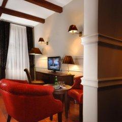 Отель Holland House Residence 4* Улучшенный номер фото 7