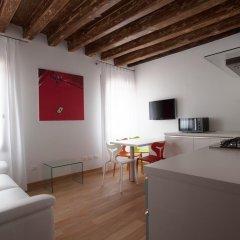 Отель The Lion's House APT1 Италия, Венеция - отзывы, цены и фото номеров - забронировать отель The Lion's House APT1 онлайн комната для гостей фото 2