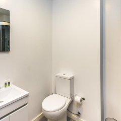 Отель Lounge Inn ванная