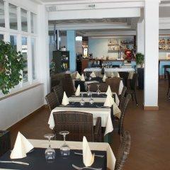Отель Estudios Vistamar Испания, Эс-Мигхорн-Гран - отзывы, цены и фото номеров - забронировать отель Estudios Vistamar онлайн питание фото 3