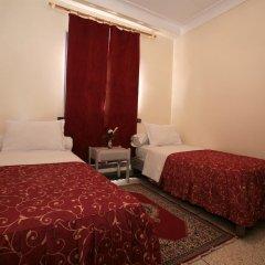 Отель Hôtel Ichbilia 2* Стандартный номер с различными типами кроватей фото 4