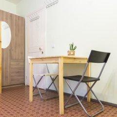 Хостел Олимп Стандартный семейный номер с двуспальной кроватью (общая ванная комната) фото 9