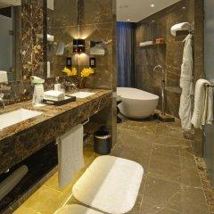 Отель Amman Rotana Иордания, Амман - 1 отзыв об отеле, цены и фото номеров - забронировать отель Amman Rotana онлайн ванная
