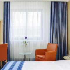 Отель IntercityHotel Nürnberg 3* Номер Бизнес с двуспальной кроватью
