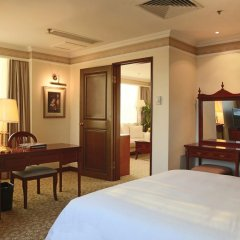 Отель China Mayors Plaza 4* Улучшенный люкс с различными типами кроватей фото 2