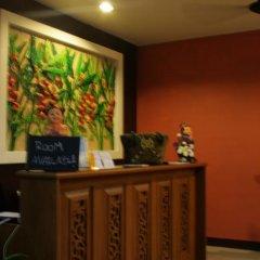 Отель Baan Sabai De интерьер отеля