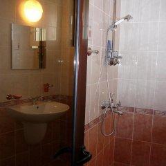 Отель Guest House Debar Велико Тырново ванная