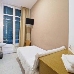 Отель Pensión Peiró 3* Стандартный номер с различными типами кроватей