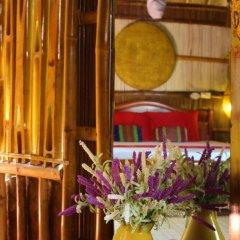 Отель Under the coconut tree Бунгало с различными типами кроватей фото 3