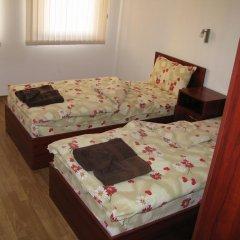 Апартаменты Krasi Apartments in Zornitsa Complex Чепеларе комната для гостей