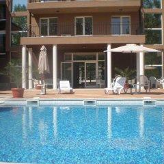 Отель Santa Sofia Apartcomplex Болгария, Солнечный берег - отзывы, цены и фото номеров - забронировать отель Santa Sofia Apartcomplex онлайн бассейн фото 2
