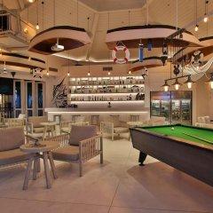 Отель Dusit Thani Krabi Beach Resort гостиничный бар