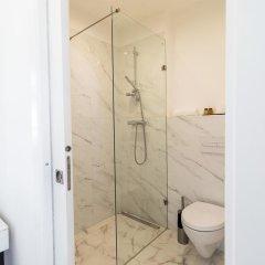 Отель Lisbon Check-In Guesthouse 3* Люкс повышенной комфортности с различными типами кроватей фото 3